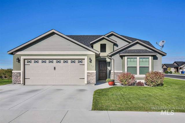 1352 Golden Pheasant Drive, Twin Falls, ID 83301 (MLS #98744772) :: Givens Group Real Estate