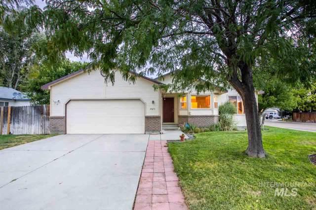 2820 Sugarcane Drive, Nampa, ID 83687 (MLS #98744901) :: Givens Group Real Estate