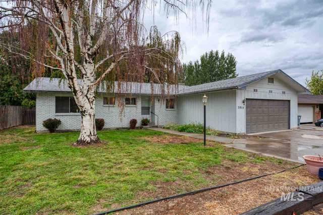 2915 Jay Lane, Caldwell, ID 83605 (MLS #98744926) :: Givens Group Real Estate