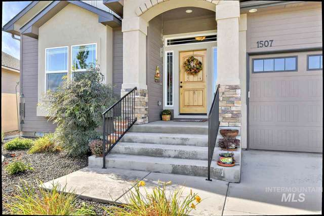 1507 W Raelin Dr, Nampa, ID 83686 (MLS #98744929) :: Givens Group Real Estate