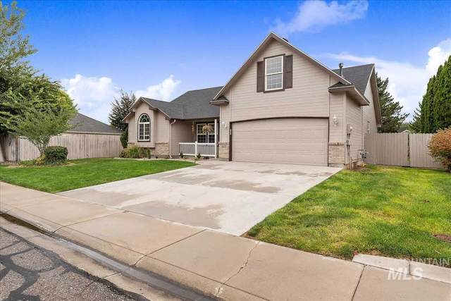 2012 E Harbour Grove Drive, Nampa, ID 83686 (MLS #98745210) :: Minegar Gamble Premier Real Estate Services