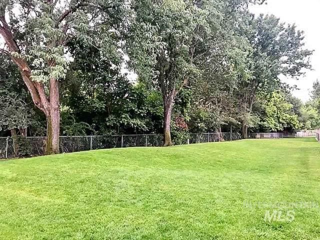 352 Eagle Glen Lane, Eagle, ID 83616 (MLS #98745227) :: Navigate Real Estate