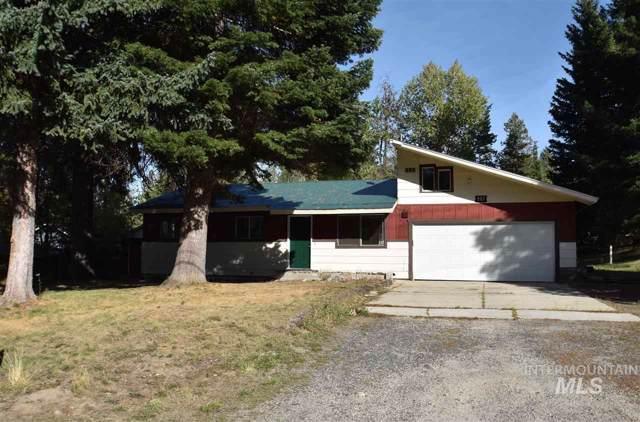 907 Davis Avenue, Mccall, ID 83638 (MLS #98745809) :: Jon Gosche Real Estate, LLC