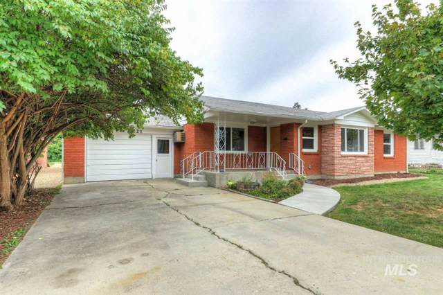 221 E State Ave, Meridian, ID 83642 (MLS #98746632) :: Boise River Realty
