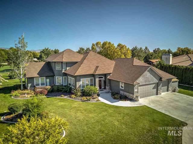 6712 N Double Eagle Lane, Meridian, ID 83646 (MLS #98746924) :: Juniper Realty Group