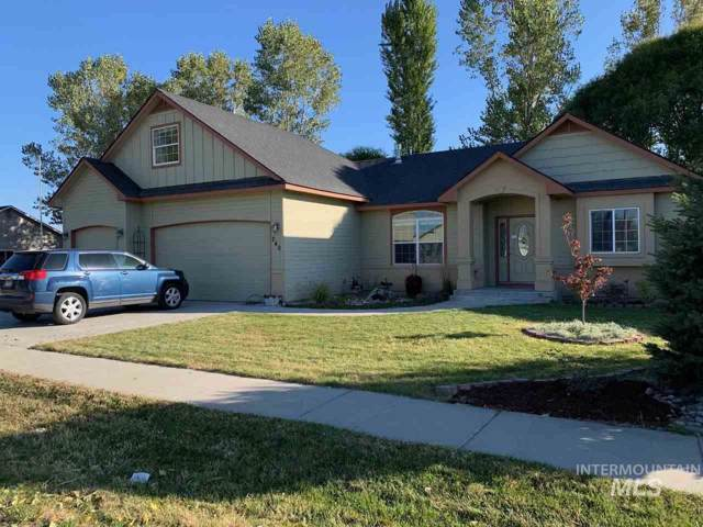 240 NE 8th St, Fruitland, ID 83619 (MLS #98747472) :: Idahome and Land