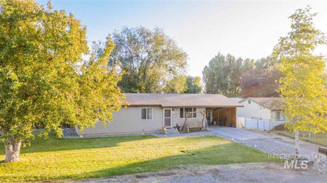 501 4th W, Wendell, ID 83355 (MLS #98747508) :: Juniper Realty Group