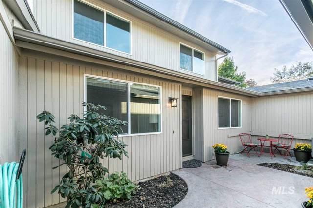 313 W Arrowrock Lane, Boise, ID 83706 (MLS #98747618) :: Legacy Real Estate Co.
