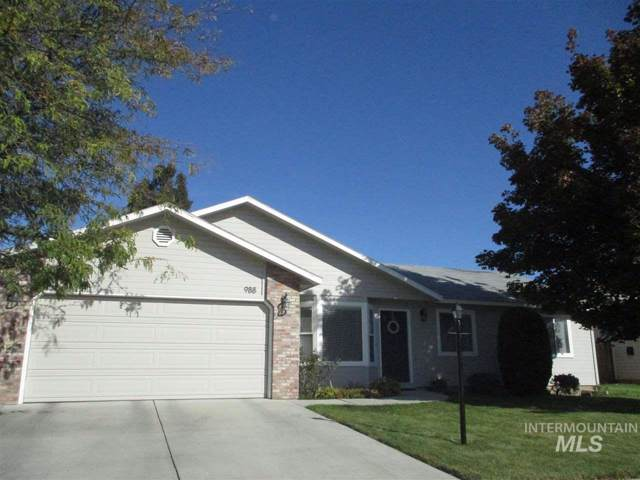 988 E Chateau Dr., Meridian, ID 83646 (MLS #98747912) :: Full Sail Real Estate