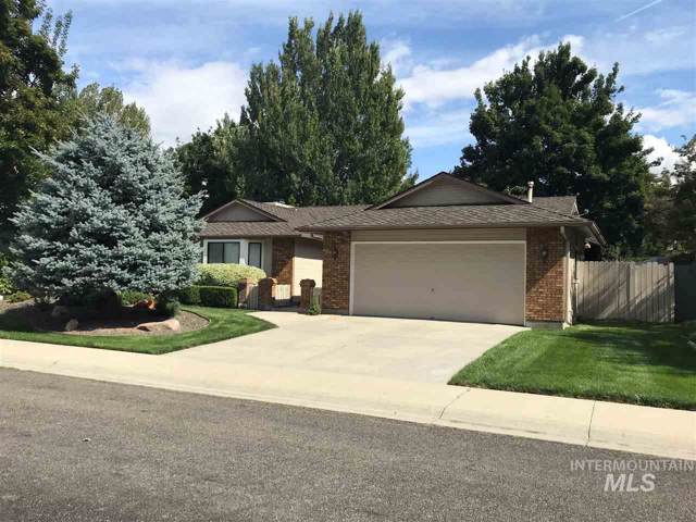 4904 N Fieldcrest Pl, Boise, ID 83704 (MLS #98748027) :: Givens Group Real Estate