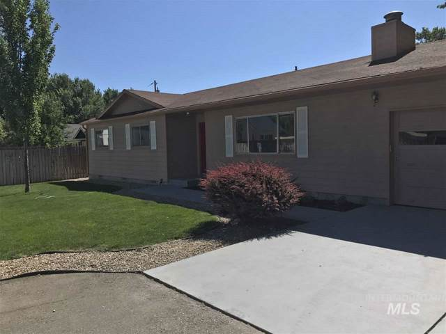 4027 N Vera, Boise, ID 83704 (MLS #98748097) :: New View Team