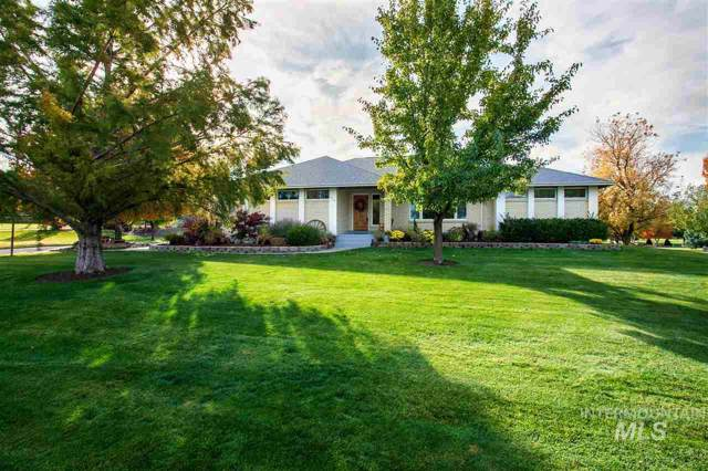 9559 W Hills Gate Drive, Star, ID 83669 (MLS #98748153) :: Alves Family Realty