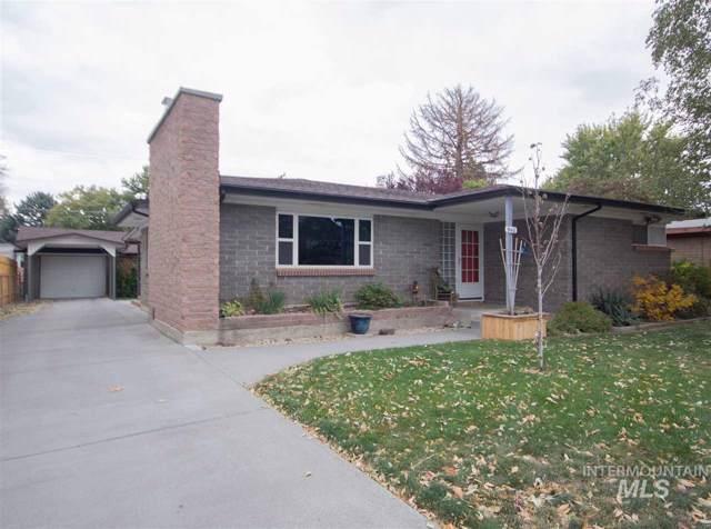 940 N 8th E, Mountain Home, ID 83647 (MLS #98748156) :: Full Sail Real Estate