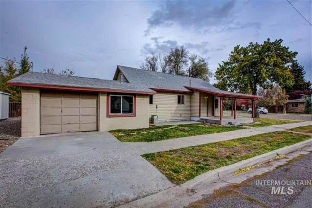 1018 E Jackson Street, Mountain Home, ID 83647 (MLS #98748218) :: New View Team
