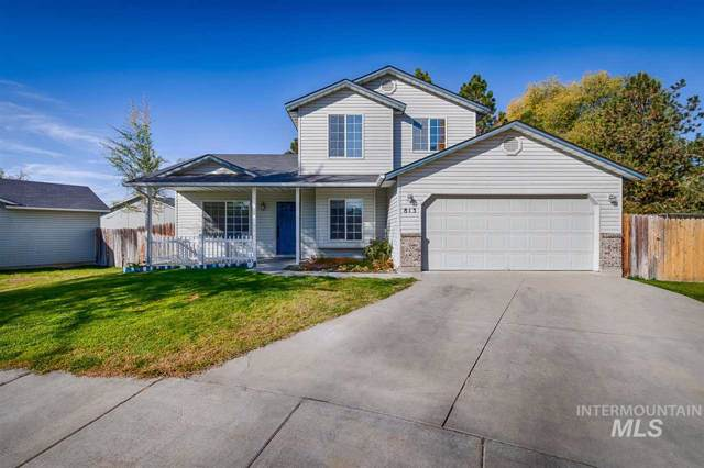 813 NW 9th Pl, Meridian, ID 83642 (MLS #98748355) :: Givens Group Real Estate