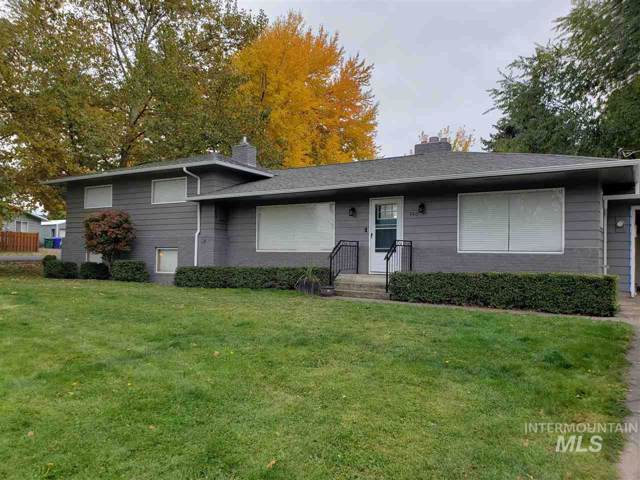 740 Preston Ave, Lewiston, ID 83501 (MLS #98748367) :: Givens Group Real Estate