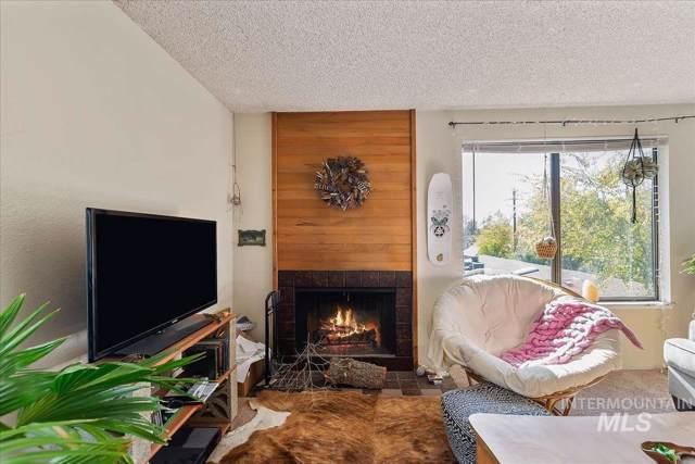 608 W Boise Hills, Boise, ID 83702 (MLS #98748371) :: Jon Gosche Real Estate, LLC