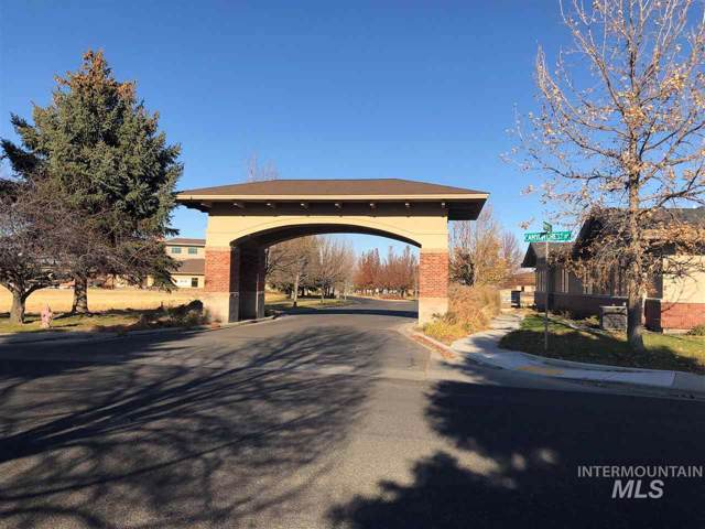 249 Canyon Crest Drive, Twin Falls, ID 83301 (MLS #98749090) :: Story Real Estate