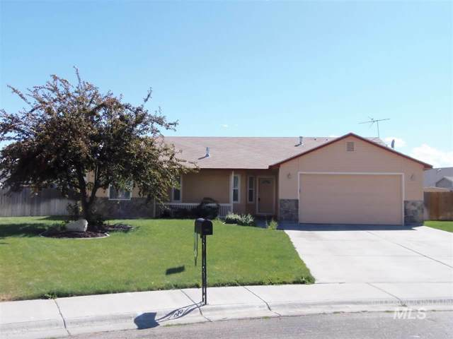1451 SW Chelsey Circle, Mountain Home, ID 83647 (MLS #98749258) :: Boise River Realty