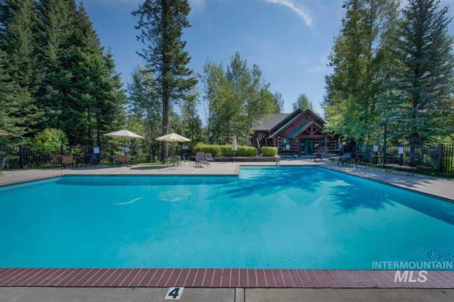 1349 Hearthstone Court, Mccall, ID 83638 (MLS #98749420) :: Juniper Realty Group