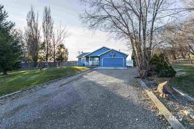 17229 Elmcrest, Caldwell, ID 83607 (MLS #98749657) :: Full Sail Real Estate