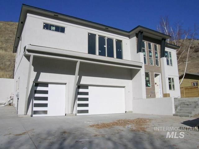 5685 N Collister Dr, Boise, ID 83703 (MLS #98749925) :: Full Sail Real Estate