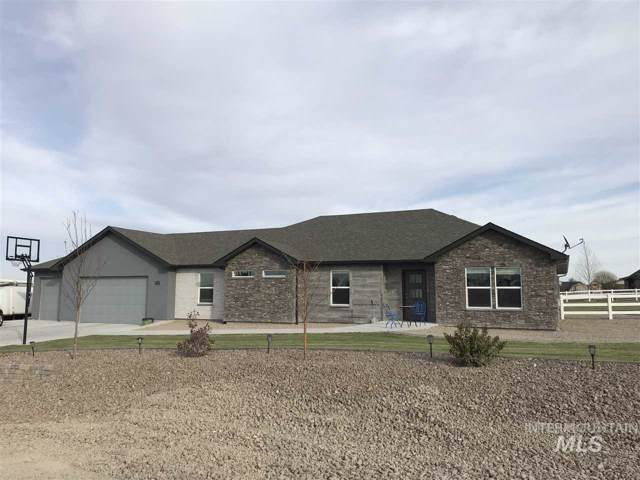 3710 N 2455 E, Twin Falls, ID 83301 (MLS #98750069) :: Givens Group Real Estate