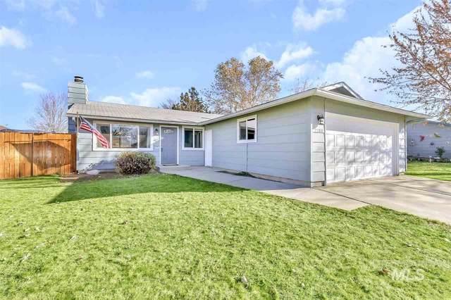 2180 N Aster Ave, Boise, ID 83704 (MLS #98750324) :: Full Sail Real Estate