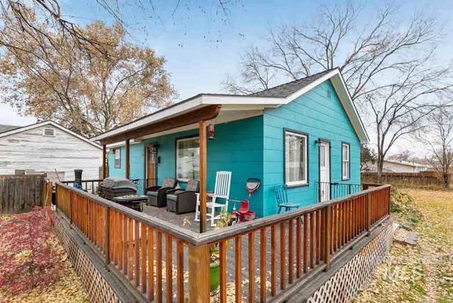921 Nw 3rd Street, Meridian, ID 83642 (MLS #98750658) :: Team One Group Real Estate