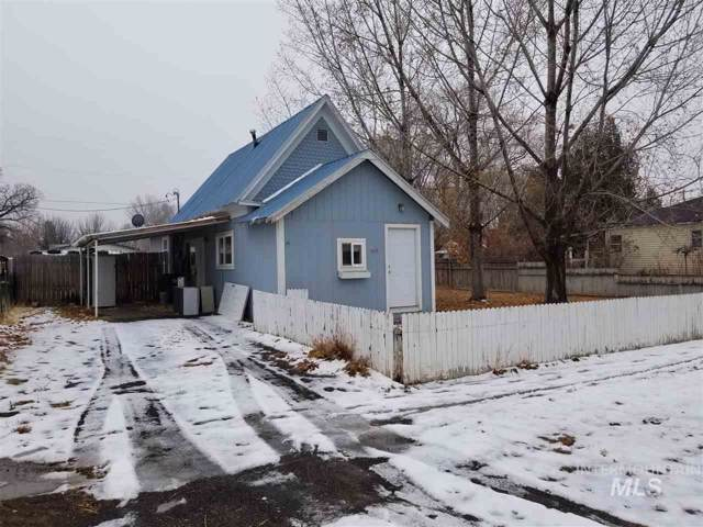 523 5th St, Filer, ID 83328 (MLS #98751750) :: Team One Group Real Estate
