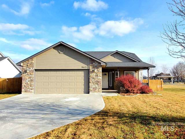 962 S Otter Ave, Meridian, ID 83642 (MLS #98752012) :: Boise Valley Real Estate