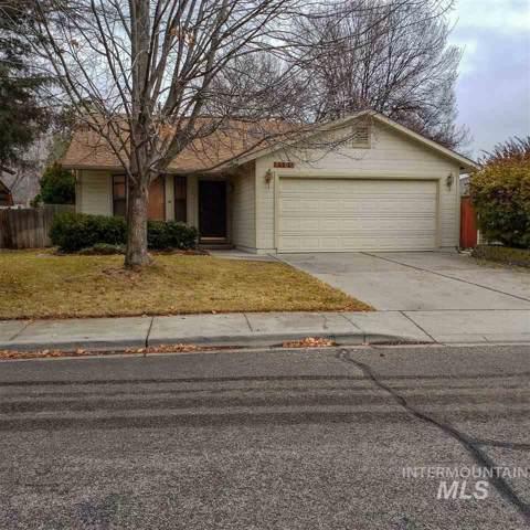 4180 N Esten Pl, Boise, ID 83703 (MLS #98752045) :: Team One Group Real Estate