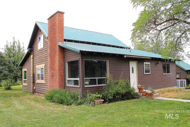34418 Apple Valley Rd, Parma, ID 83660 (MLS #98752137) :: Idaho Real Estate Pros