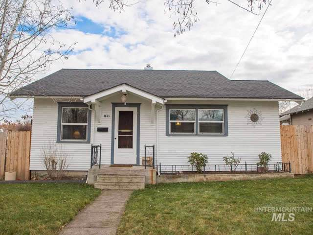 1421 12th Street, Lewiston, ID 83501 (MLS #98752233) :: Bafundi Real Estate