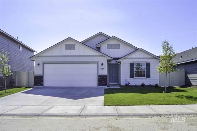 840 SW Lago Dr, Mountain Home, ID 83647 (MLS #98752798) :: Idaho Real Estate Pros