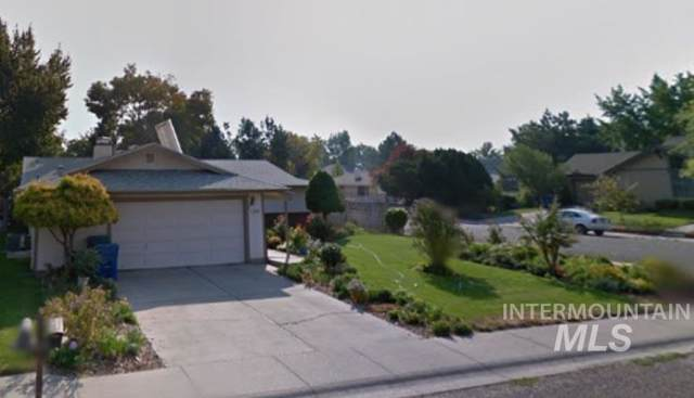 1310 N 9th East, Mountain Home, ID 83647 (MLS #98752857) :: Beasley Realty