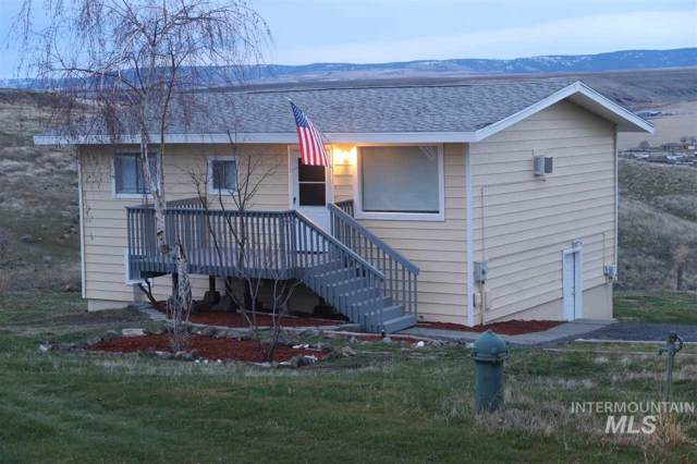 1502 Richardson, Lewiston, ID 83501 (MLS #98752925) :: Minegar Gamble Premier Real Estate Services