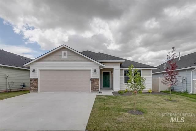 835 SW Lago Dr, Mountain Home, ID 83647 (MLS #98753365) :: Idaho Real Estate Pros