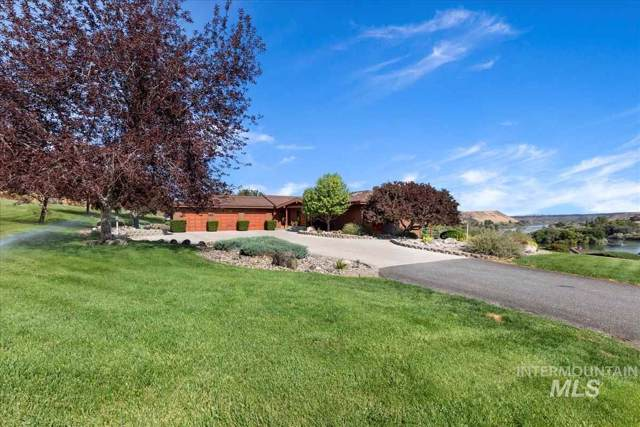 169 Thatcher Place, Buhl, ID 83316 (MLS #98753972) :: Team One Group Real Estate