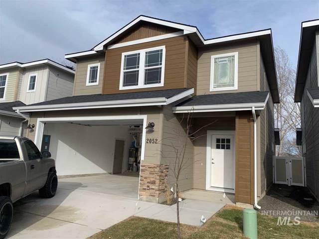 2052 W Bella Lane, Nampa, ID 83651 (MLS #98754727) :: Idaho Real Estate Pros