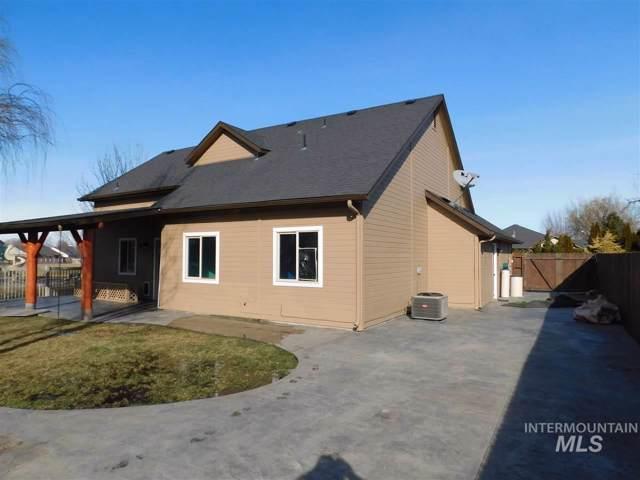 1389 W Roosterfish, Meridian, ID 83642 (MLS #98754792) :: Idaho Real Estate Pros