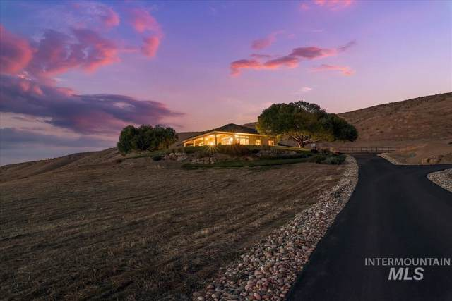 160 Hill Rd, Weiser, ID 83672 (MLS #98754803) :: Minegar Gamble Premier Real Estate Services