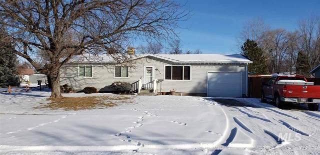 606 Arizona Street, Gooding, ID 83330 (MLS #98754974) :: Idaho Real Estate Pros