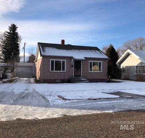 909 4th Street, Rupert, ID 83350 (MLS #98755104) :: New View Team