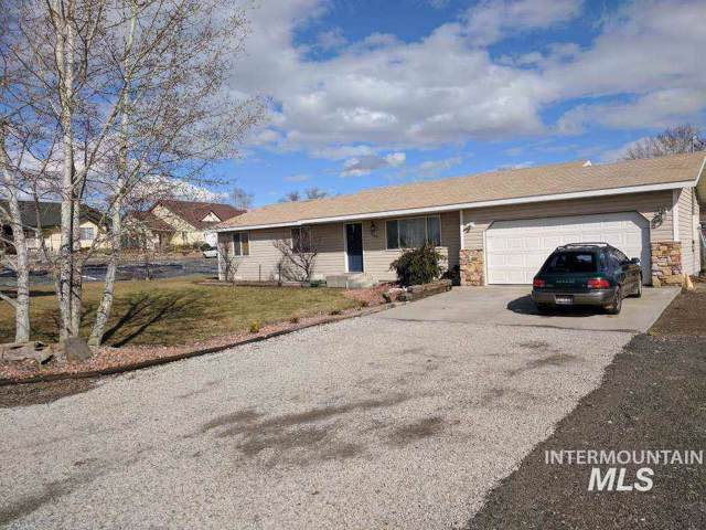 547 N Wallace, Wendell, ID 83355 (MLS #98755152) :: New View Team