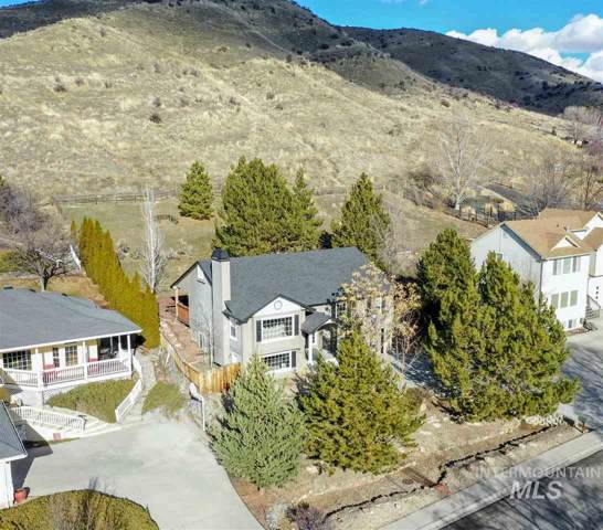 5020 W Outlook Ave, Boise, ID 83703 (MLS #98755464) :: Givens Group Real Estate