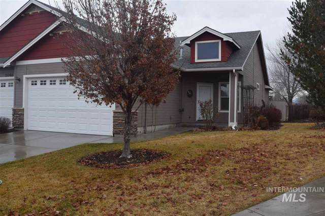 2038 N Carmen Way, Boise, ID 83704 (MLS #98755547) :: Givens Group Real Estate