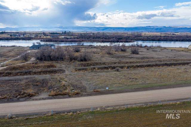 24613 Island Crossing Way, Wilder, ID 83676 (MLS #98755623) :: Bafundi Real Estate