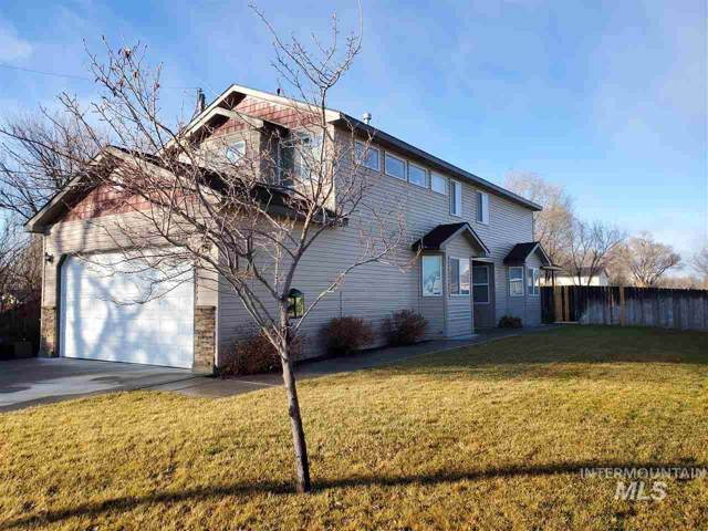 365 NW Jerome, Mountain Home, ID 83647 (MLS #98755836) :: New View Team