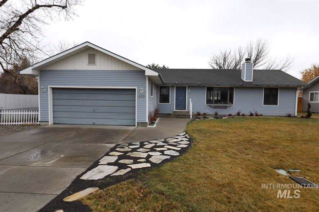 633 Falls Ave. West, Twin Falls, ID 83301 (MLS #98755837) :: Givens Group Real Estate